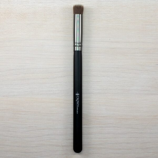Crown Flat Blender Brush C455
