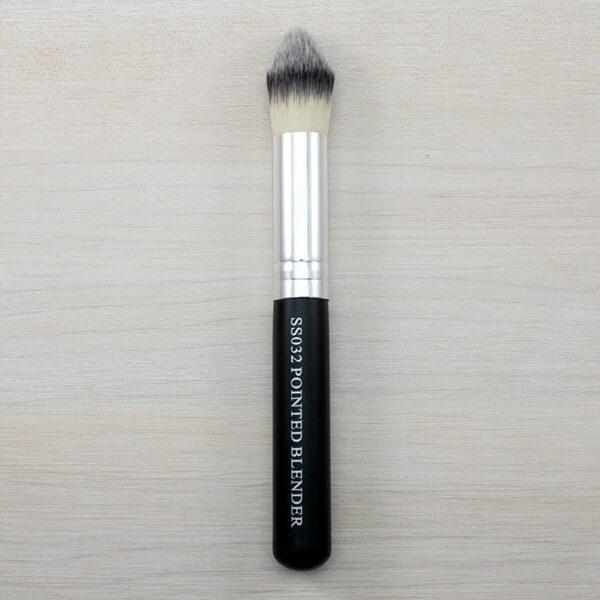 Crown Pointed Blender Brush SS032